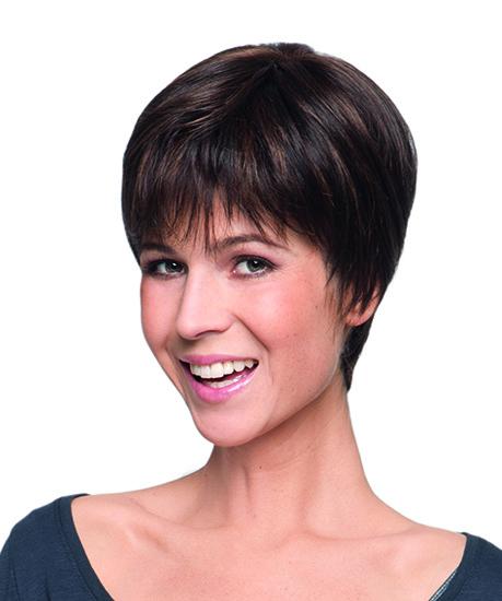 exemple de perruque courte disponible dans notre salon professionnel Paris 8ème