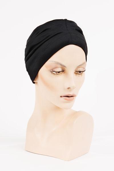 Bonnet - disponible à l'Atelier des Arts Capillaires